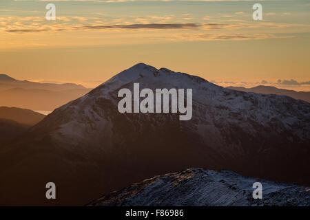 Sgorr Dhearg (Ballachulish, Glen Coe) at sunset from Sgorr nam Fiannaidh (Aonach Eagach), Scotland - Stock Photo