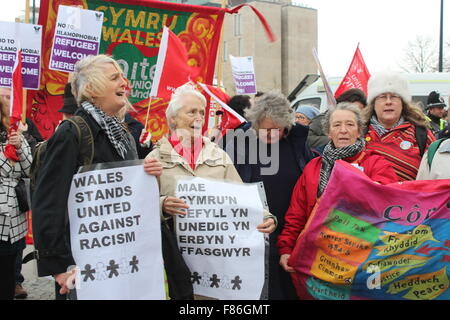 WALES, UNITED KINGDOM. DECEMBER 05 2015. Côr Cochion choir sings at a counter protest against racism ©Catherine - Stock Photo