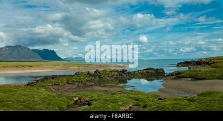 Snaefellsnes Peninsula, Iceland. 30th July, 2015. A picturesque inlet on the Snaefellsnes Peninsula in West Iceland. - Stock Photo