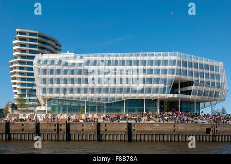 Deutschland, Hamburg, HafenCity, Unilever-Haus, Strandkai 1, links der Marco-Polo-Tower - Stock Photo