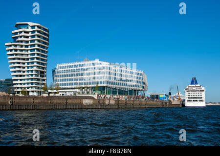 Deutschland, Hamburg, HafenCity, Unilever-Haus, Strandkai 1, links der Marco-Polo-Tower, Blick von der Norderelbe - Stock Photo