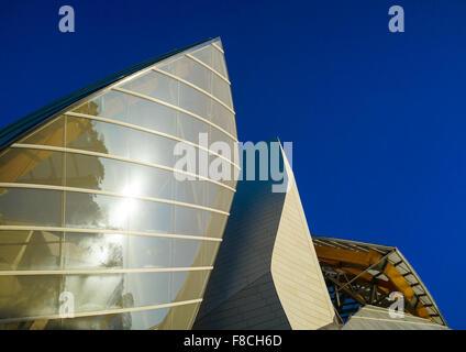 Detail Of Glass Sails Of The Louis Vuitton Foundation Museum Built By Frank Gehry, Bois De Boulogne, Paris, France Stock Photo