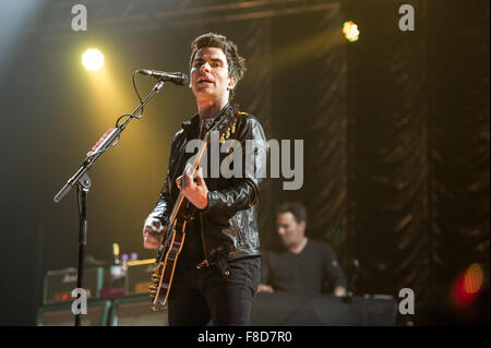 Glasgow, Scotland, UK. 08th Dec, 2015. Stereophonics perform at the Clyde 1 Live Concert at SSE Hydro, Glasgow, - Stock Photo