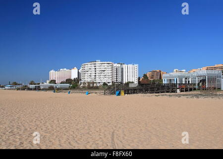 Maresia Beach Bar and Hotel Vila Galé Ampalius, with Tivoli Marina Hotel behind, Vilamoura, Quarteira, Algarve, - Stock Photo