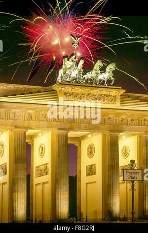 Berlin, brandenburger gate, Quardriga, fireworks, New Years Eve, 2016 - Stock Photo