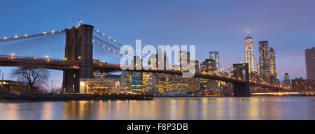 Brooklyn bridge at dusk, New York City. - Stock Photo