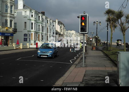 AJAXNETPHOTO. 2013. WORTHING, ENGLAND. - SEAFRONT PROPERTIES - A MIX OF RESIDENTIAL AND COMMERCIAL PROPERTIES OVERLOOK - Stock Photo