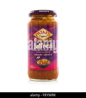 Jar of Pataks Jalfrezi Original Curry Sauce on a white background - Stock Photo