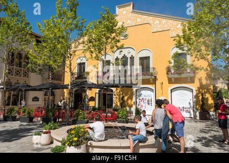 Fountain at La Roca Village (Designer Outlet Shopping), La Roca del Vallès, Barcelona, Province of Barcelona, Catalonia, Spain