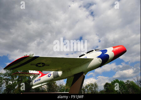 A Korean War-era vintage F-84F jet fighter aircraft on display at a VFW Post in West Chicago, Illinois, USA. - Stock Photo