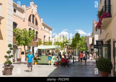 la roca village designer outlet shopping la roca del valls barcelona