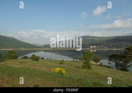 Lake Abant  A beautiful lake surrounded by mountains in the Bolu region of Turkey. - Stock Photo