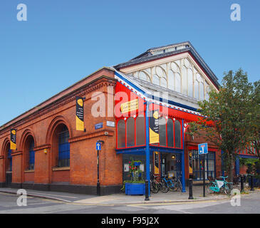 Exterior of the Manchester Crafts and Design Centre on Oak Street, in the Norther Quarter of Manchester, UK. - Stock Photo
