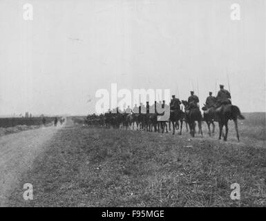 British Front, Belgium, 1914. Retreat From Mons - Stock Photo