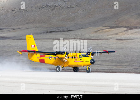 A Canadian Air Force Twin Otter takes off from Resolute Bay, Nunavut, Canada - Stock Photo