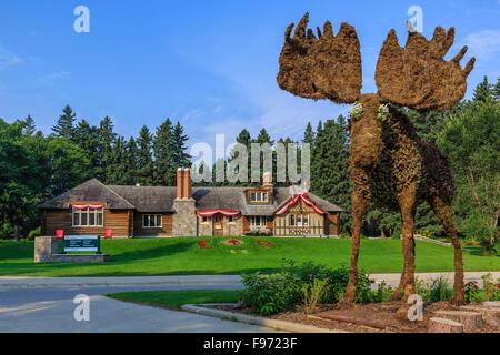 Visitor Centre, Riding Mountain National Park, Wasagaming, Manitoba, Canada - Stock Photo