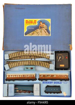 Children's Hornby-Dublo Sir Nigel Gresley electric train set toy - Stock Photo
