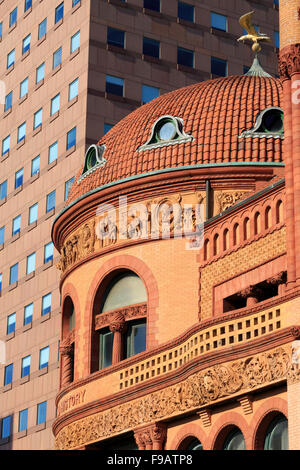 The Barnum Museum & People's United Bank, Bridgeport, Connecticut, USA - Stock Photo