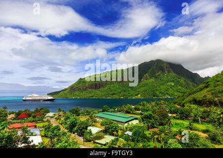 Moorea, French Polynesia. Opunoha Bay from the Magic Mountain. - Stock Photo