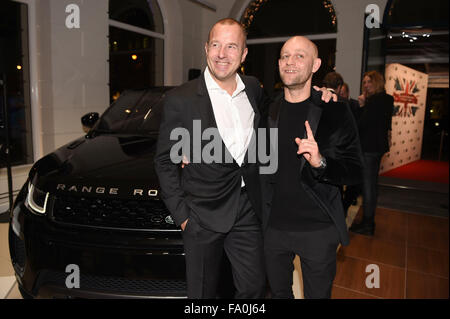 Munich, Germany. 18th Dec, 2015. German actors Heino Ferch (L) and Juergen Vogel pose for photographers at the opening - Stock Photo