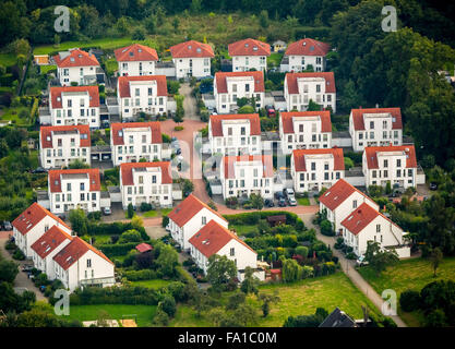 Single-family homes, semi-detached houses, home ownership, new residential areas Holthausen, Hattingen, Ruhr - Stock Photo
