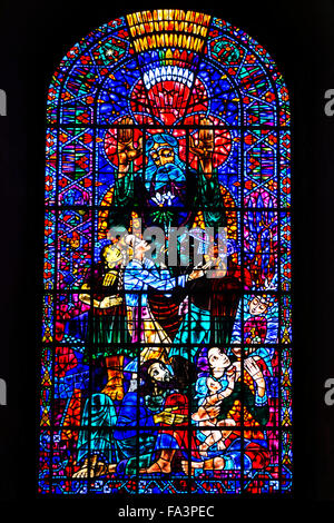 A stained glass window in Canterbury Canthedral by Hungarian refugee artist Ervin Bossanyi, dating from the 1950s - Stock Photo