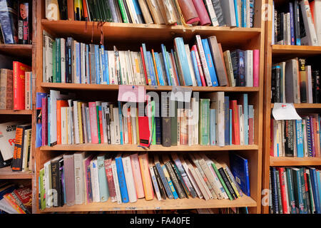 Books for sale in the 'Honesty' bookshop, Hay-on-Wye, Powys, Wales. - Stock Photo