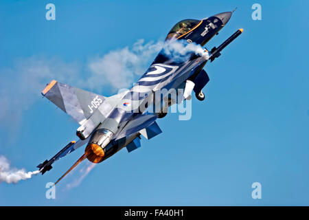 A Royal Netherlands Air Force General Dynamics F-16AM Fighting Falcon, J-055, taking off at the RIAT, RAF Fairford, - Stock Photo