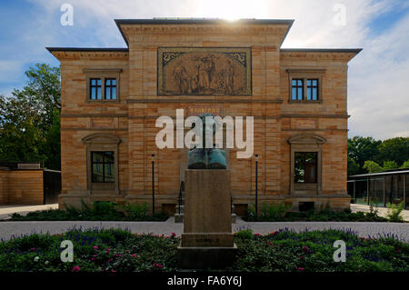 Villa Wahnfried, home of Richard Wagner, 1813-1883, bust of Ludwig II, Bayreuth, Upper Franconia, Bavaria, Germany - Stock Photo