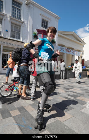 Street performers at Brighton's Fringe Festival in 2015 - Stock Photo