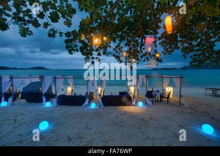 Romantic tables by the sea on Koh Samui island, Thailand - Stock Photo