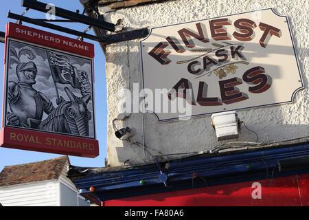 The Royal Standard (Shepherd Neame) pub on George Street in Hastings Old Town, East Sussex, UK - Stock Photo