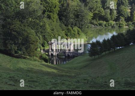 ... The Palladian Bridge At Prior Park Landscape Garden, Bath, Somerset.    Stock Photo