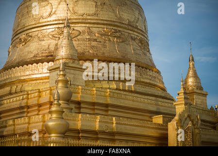 Gold stupa at Soon Oo Pon Nya Shin Pagoda. Sitting on top of Nga-pha Hill, Soon Oo Pon Nya Shin Pagoda is one of - Stock Photo