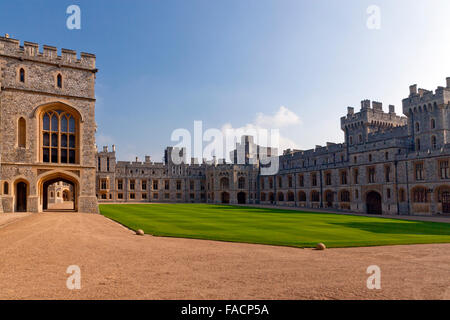 The Visitor's (right) and Private Apartments (centre)  at Windsor Castle, Berkshire, England, UK - Stock Photo