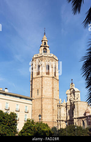 Torre del Micalet, or La torre del Miguelete, once the minaret of the old mosque, now the belltower of  Valencia - Stock Photo
