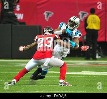 Atlanta, Georgia, USA. 27th Dec, 2015. Carolina Panthers RB Brandon Wegher (#32) in action during NFL game between - Stock Photo