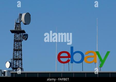 Kleinmachnow, Germany. 03rd Nov, 2015. A radio tower next to the German branch of online auction company 'Ebay' - Stock Photo