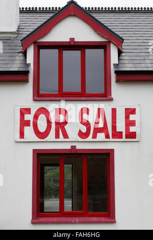 house for sale sign - Stock Photo