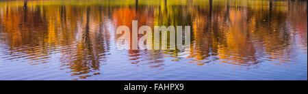 Colorful Autumn Tree Lined Water Reflections. Julia Davis Park Pond, Boise River Greenbelt, Boise, Idaho, Usa - Stock Photo