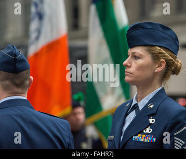 New York, United States. 30th Dec, 2015. An Air National Guard member marches into St. Patrick's Cathedral. Thousands - Stock Photo