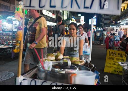 Fruit store street stall, Khao San Road, Bangkok, Thailand. Khaosan Road or Khao San Road is a short street in central - Stock Photo