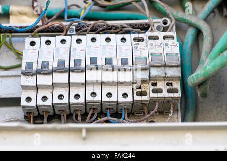 old house fuse box 1970 consumer unit box electrical fuse box old wire fuse type ... old 60 house fuse box diagram