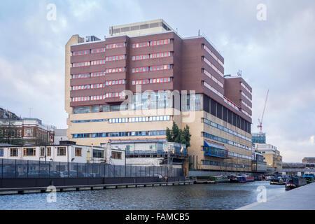 St Mary's Hospital, Praed St, Paddington, London W2 1NY - Stock Photo