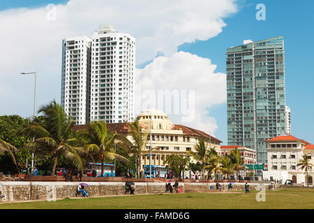Beach promenade Galle Face Green, Colombo, Western Province, Sri Lanka - Stock Photo