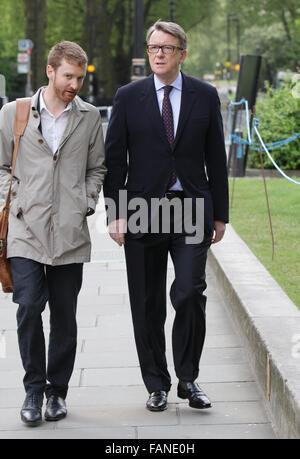 London, UK, 10th May 2015: Labour politician Lord Peter Mandelson arrives to The Andrew Marr Show at Westminster - Stock Photo