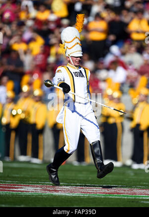 Pasadena, CA. 1st Jan, 2016. A member of the Iowa Hawkeyes Marching Band in action during a 45-16 defeat to the - Stock Photo