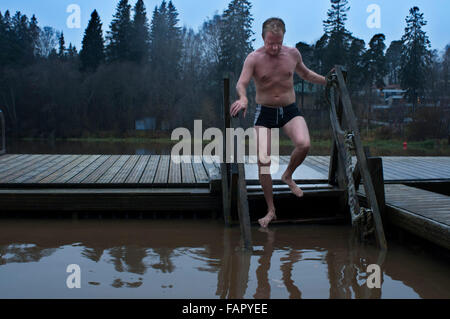 A man take a sauna in Private Sauna Tikkakoski north of the city of Helsinki, lakeside Vanhankaupunginselkä, near - Stock Photo