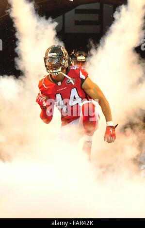 Atlanta Georgia. 3rd Jan, 2016. Atlanta Falcons OLB Beasley, Vic (#44) in action during NFL game between New Orleans - Stock Photo
