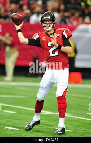 Atlanta Georgia. 3rd Jan, 2016. Atlanta Falcons QB Ryan, Matt (#2) in action during NFL game between New Orleans - Stock Photo